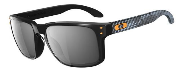 Oakley Holbook Edicion Max Fear Light Polished Black / Black Iridium (OO9102-22)